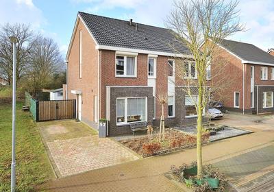 Dorperveldstraat 57 in Velden 5941 DA
