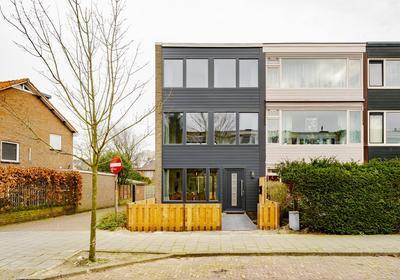 Westerhoevelaan 21 in Santpoort-Noord 2071 RN