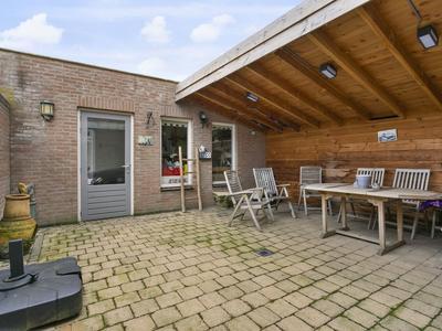 Loofhout 18 in Etten-Leur 4871 WR