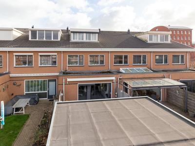 Swaenstein 6 in Nieuw-Vennep 2151 HH