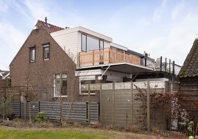 Dorpsstraat 94 in Ouderkerk Aan Den IJssel 2935 AD