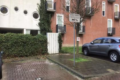 Parkeerplaats Nabij Dommelhoefstraat in Eindhoven 5613 EM