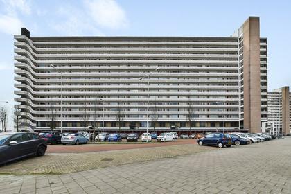 Burgemeester Hogguerstraat 559 in Amsterdam 1064 CW