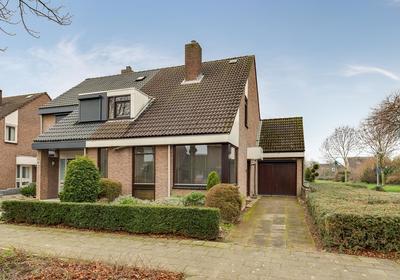 Florasingel 63 in Roermond 6043 WC