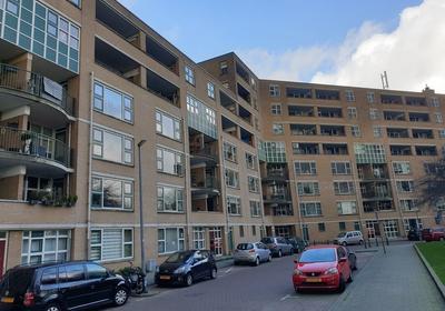 Schapendreef 341 in Rotterdam 3034 ZL