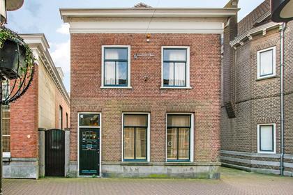 Hoogstraat 51 in Werkendam 4251 CJ