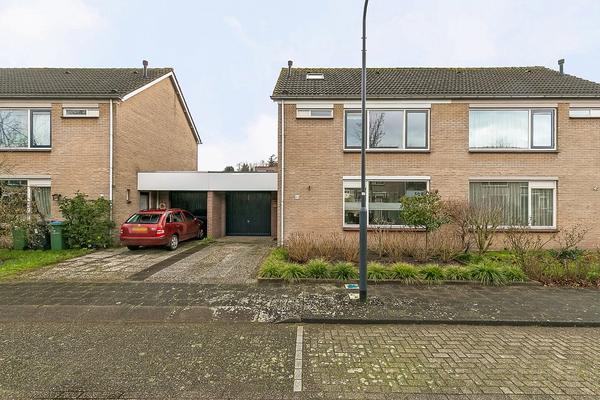 Burgemeester Van Grotenhuisstraat 32 in Oosterhout 4904 LR