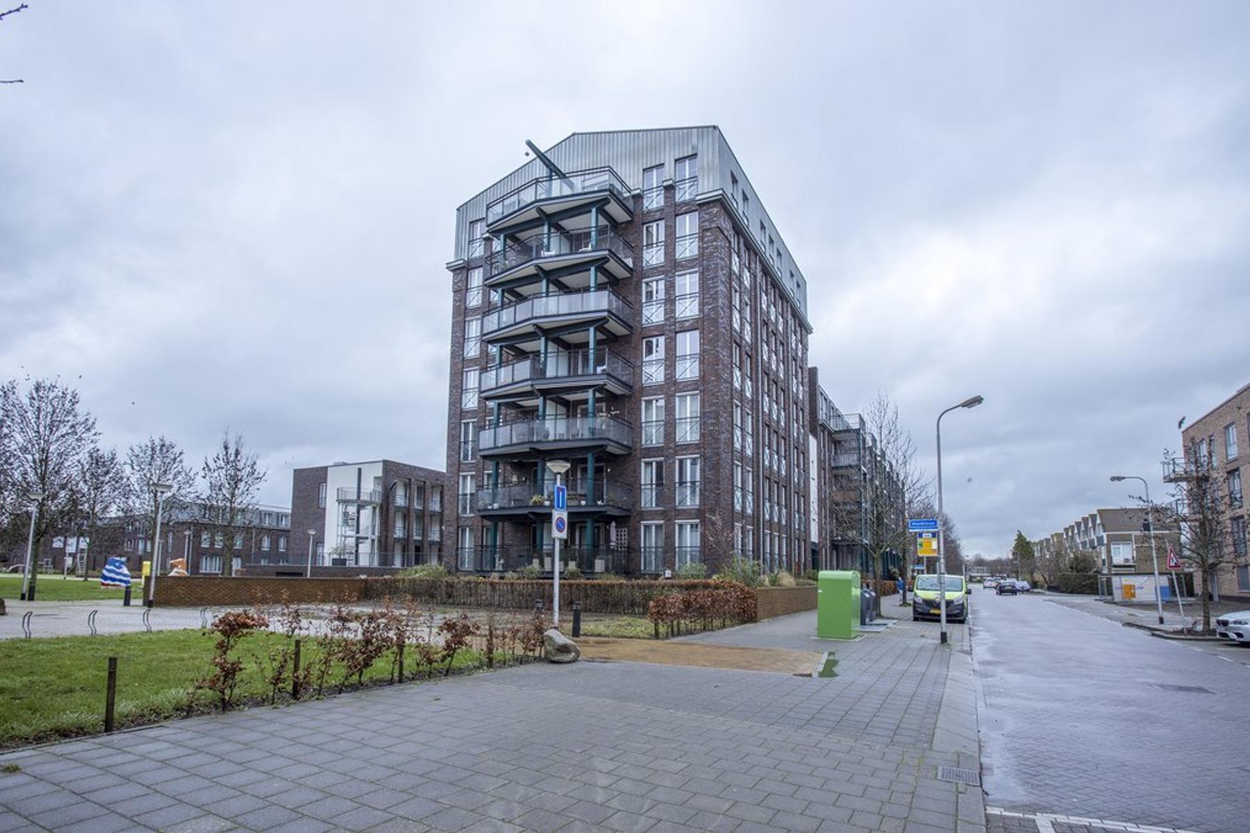 Reijerweg 160 in Ridderkerk 2983 AT
