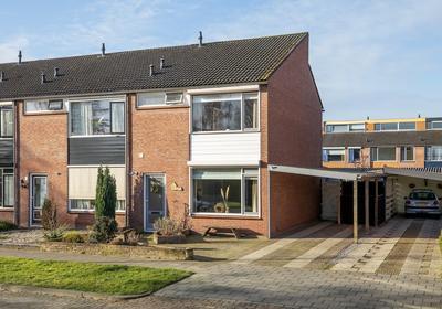 Grote Kerkstraat 7 in Wijk En Aalburg 4261 BB