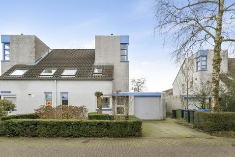 Ladeniusmarke 22 in Zwolle 8016 AJ