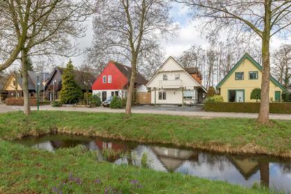 Turfstreek 243 in Soest 3766 HW