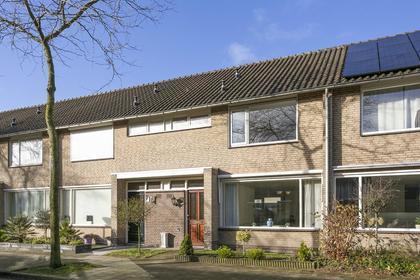 Hoenderberglaan 9 in Eindhoven 5628 EB