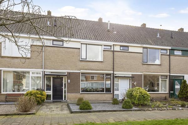 Zeestraat 153 in Zevenbergen 4761 HK