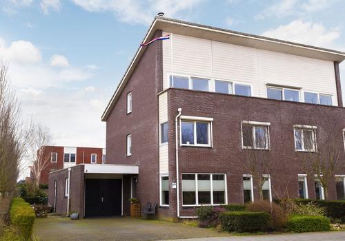 Terp 13 in Kampen 8266 JA