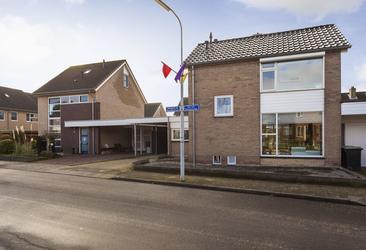 Jan Van Harenstraat 1 in Winssen 6645 BM
