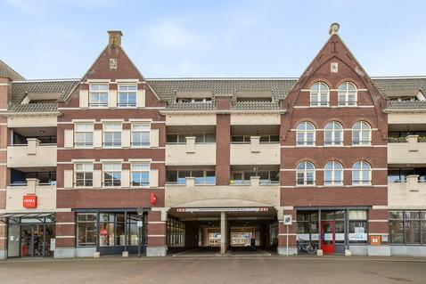 Sluispoort 11 in Oudenbosch 4731 KZ
