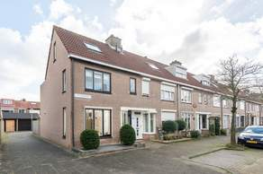 P.A. De Genestetstraat 46 in Sliedrecht 3362 TH