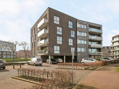 Waterlelie 76 in Roelofarendsveen 2371 HM