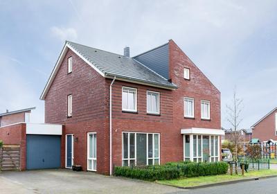 Jonkersveld 18 in Nieuw-Roden 9311 RL