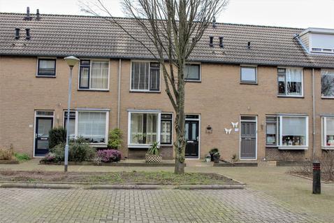 Meester Spoermekerlaan 21 in 'S-Hertogenbosch 5237 JX