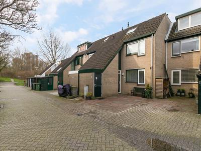 Salamandersloot 13 in Zoetermeer 2724 BA