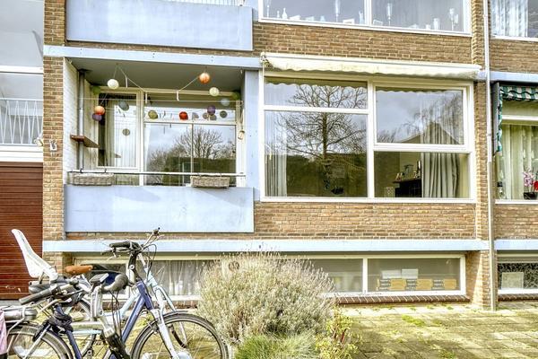 Prins Bernhardlaan 13 in Katwijk 2224 VC