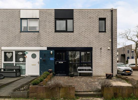 Indigoblauw 32 in Zoetermeer 2718 JZ
