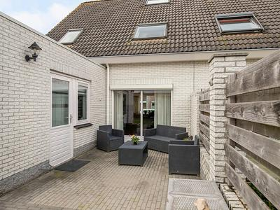 Gentiaan 33 in Oldebroek 8096 XX