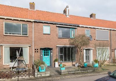 Goudenregenstraat 5 in Leimuiden 2451 BK