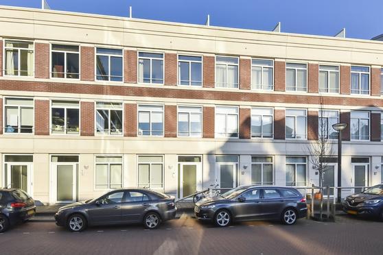 Burgemeester Kolfschotenlaan 47 in 'S-Gravenhage 2585 DZ
