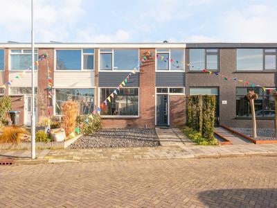 Beatrixplein 33 in Beuningen Gld 6641 CL