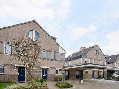 Goudenregenzoom 102 in Zoetermeer 2719 HD