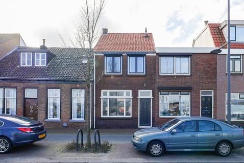 Binnenhaven 100 in Den Helder 1781 BM
