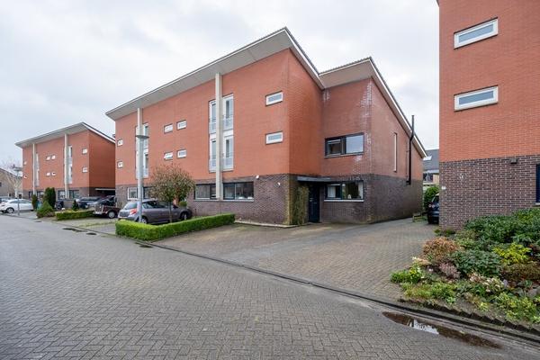 Robijnstoep 15 in Assen 9403 RW