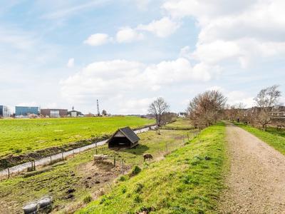 Loopveltweg 57 in Vinkeveen 3645 WK