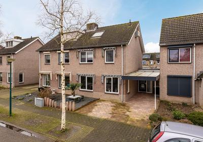 Wegedoorn 195 in Cuijk 5432 EX