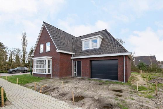 Rijthof 1 in Riethoven 5561 BG