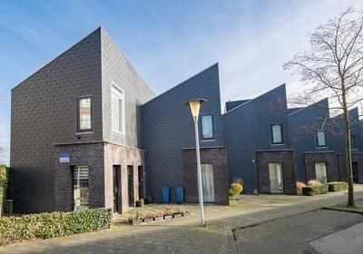 Biezenknoppen 1 in Zwolle 8043 NM