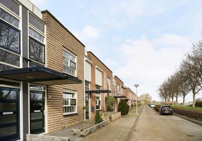 Golda Meirstraat 38 in Spijkenisse 3207 MZ