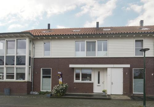 Dreesstraat 12 in Hardinxveld-Giessendam 3371 VR