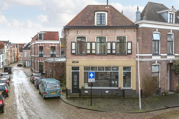Graaf Van Burenstraat 13 in Deventer 7411 RT