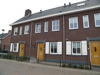 Heeren Van Zeventienplein 8 in Sint-Michielsgestel 5271 ES
