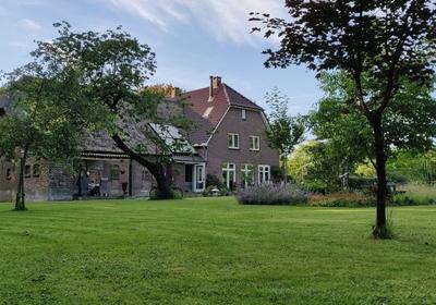 Hoekstraat 1 in Huisseling 5358 NR
