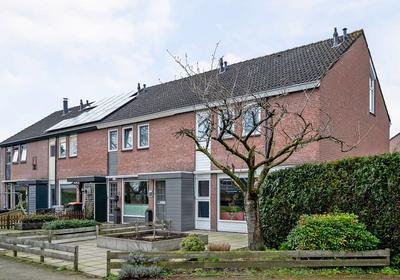 Het Schar 52 in Steenwijk 8332 CS