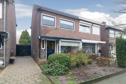 De Savornin Lohmanstraat 68 in Veenendaal 3904 AT