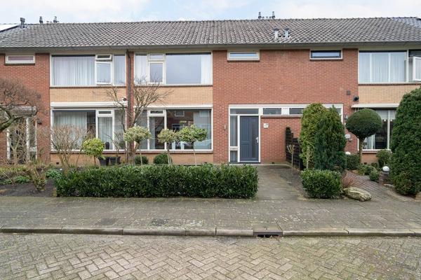 Vinkenstraat 13 in Hardenberg 7771 AG