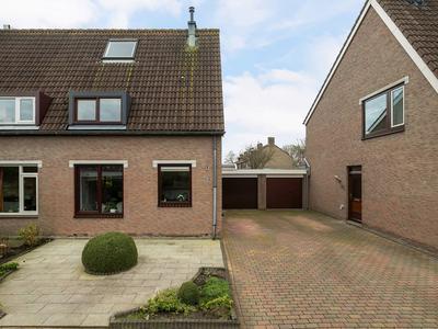 Tjotterkade 37 in Zoetermeer 2725 GX