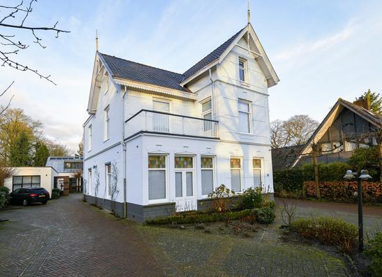 Utrechtseweg 8 in Hilversum 1213 TS