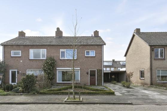 Van Maerlantlaan 34 in Roosendaal 4707 HD