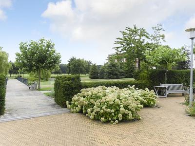 Van Ommerenpark 330 in Wassenaar 2243 EZ